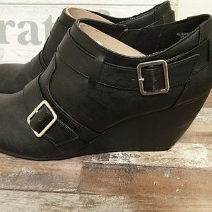 Apostrophe Ankle Booties